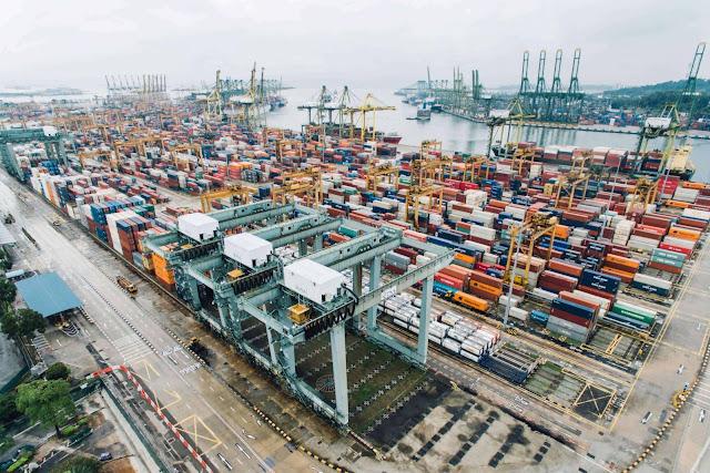 tình trạng thiếu container và thiếu tàu ở châu Á khiến giá vận tải tăng cao