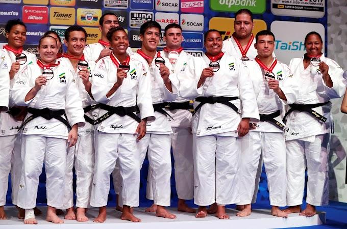 Brasil bate Mongólia e leva bronze por equipes
