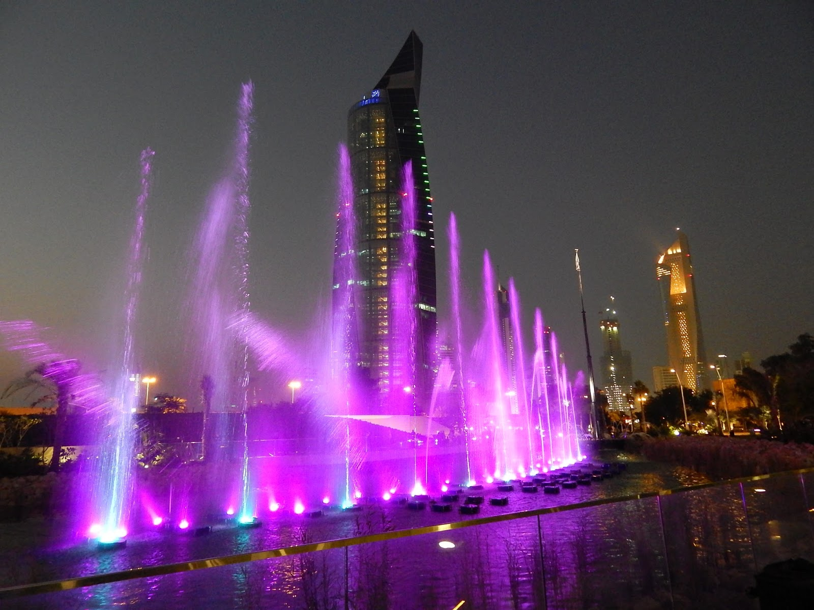 Kuweight 64 Spectacular Musical Fountain At Shaheed Park