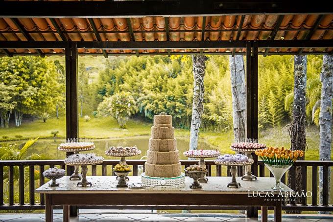 casamento-fazenda-love-birds-mesa-bolo