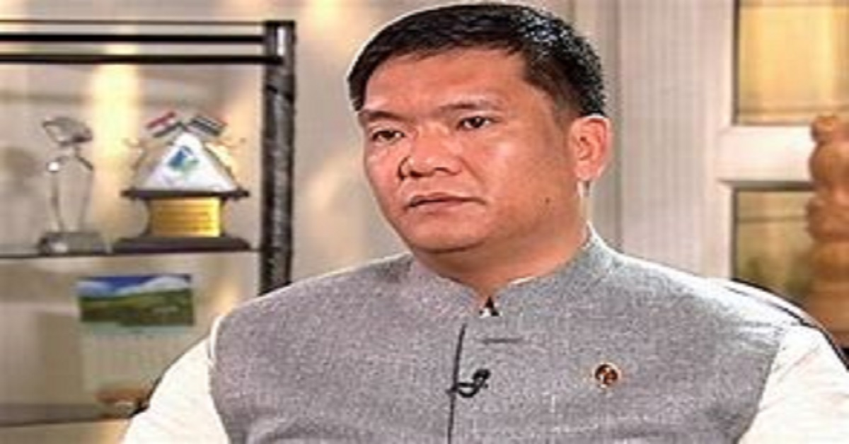 Governor Mishra talks about IAF's offices in Arunachal with Khandu, Eastern Air Command boss