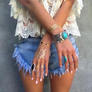 https://www.pinkdrink.pl/sklep,szukaj,12377,tatuaze_metaliczne_na_panie_ski_zestaw_dreamcatcher.htm