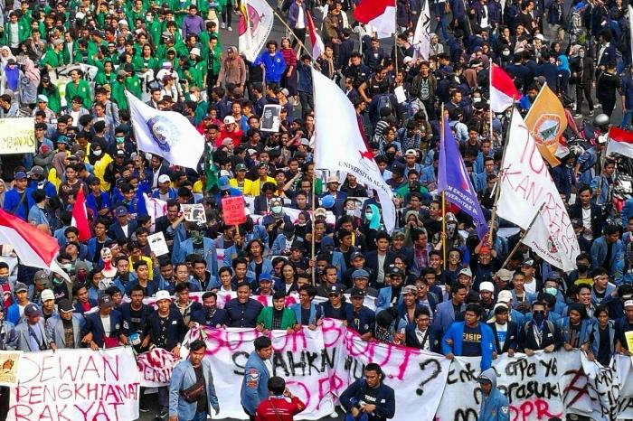 Peringati May Day, 50 Ribu Buruh Bakal Demo Besar-besaran Menolak Omnibus Law