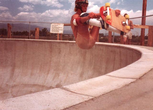 30 Fantastic Skateboarding Shots Mrom the Mid1970s  vintage everyday