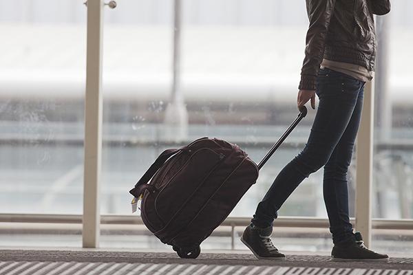 preparar-equipaje-ideal-viajar-festivos-puente-tips-kayak