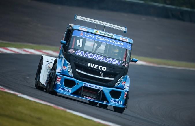 Etapa Curitiba da Copa Truck 2020 conta com três pilotos IVECO na disputa pelo pódio