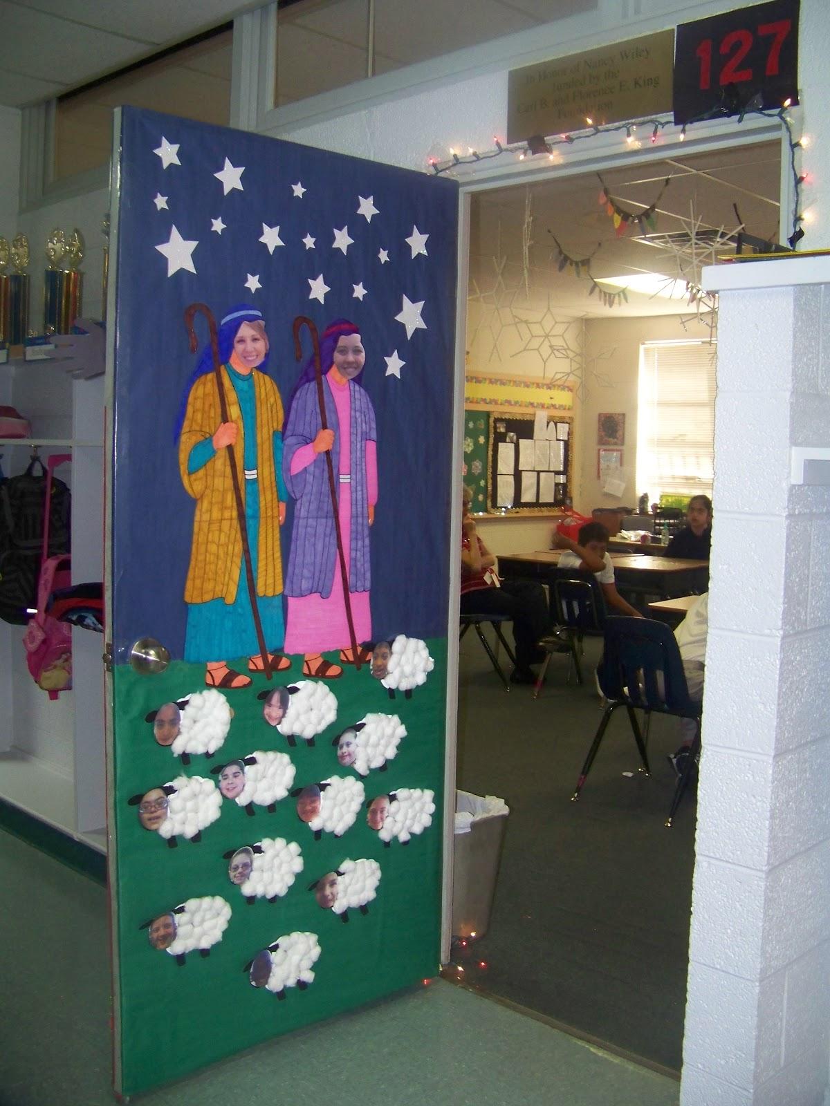 Door Decorations Christmas Contest School - i did this ...
