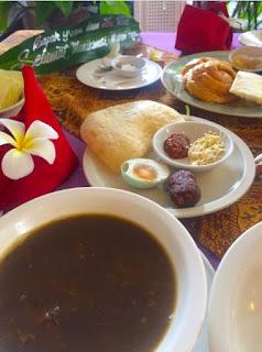 makanan indonesia disukai bule-rawon