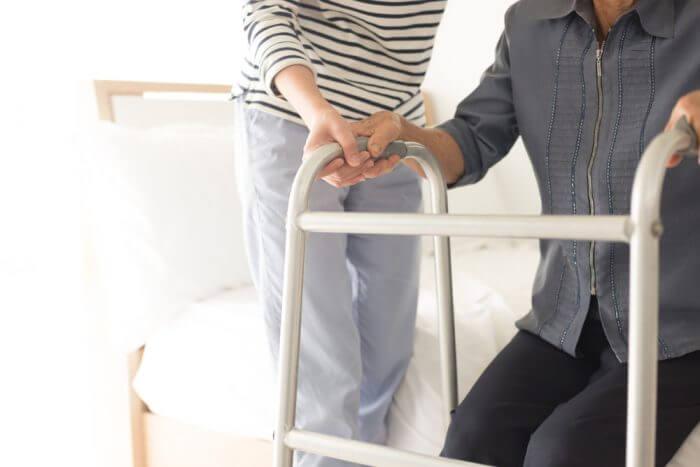 pemulihan-stroke-di-rumah-tips-untuk-perawat