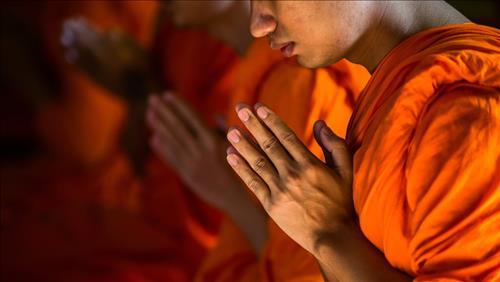 3 tầng ý nghĩa của việc bái Phật, bạn có hiểu được hết không?