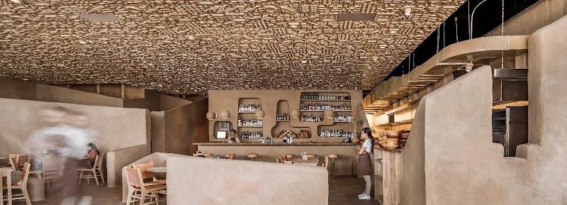 遠古系餐廳設計:依循祖先智慧,打造墨西哥沙漠情懷