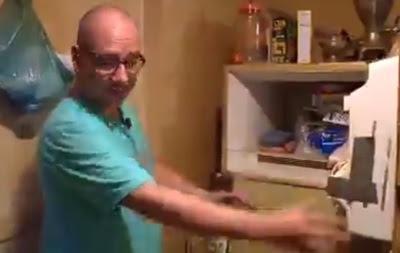 Жінка майже 40 років зберігала в холодильнику тіло немовляти
