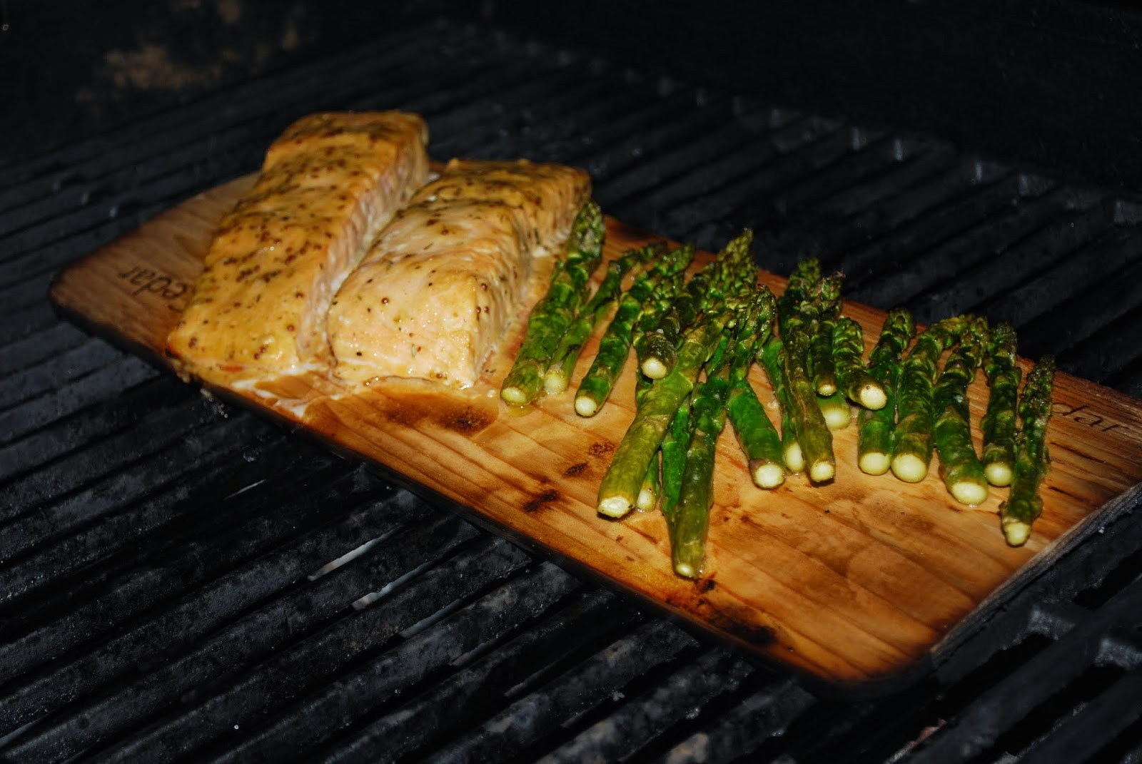 How to cook salmon grilled cedar plank salmon for Grilling fish on cedar plank