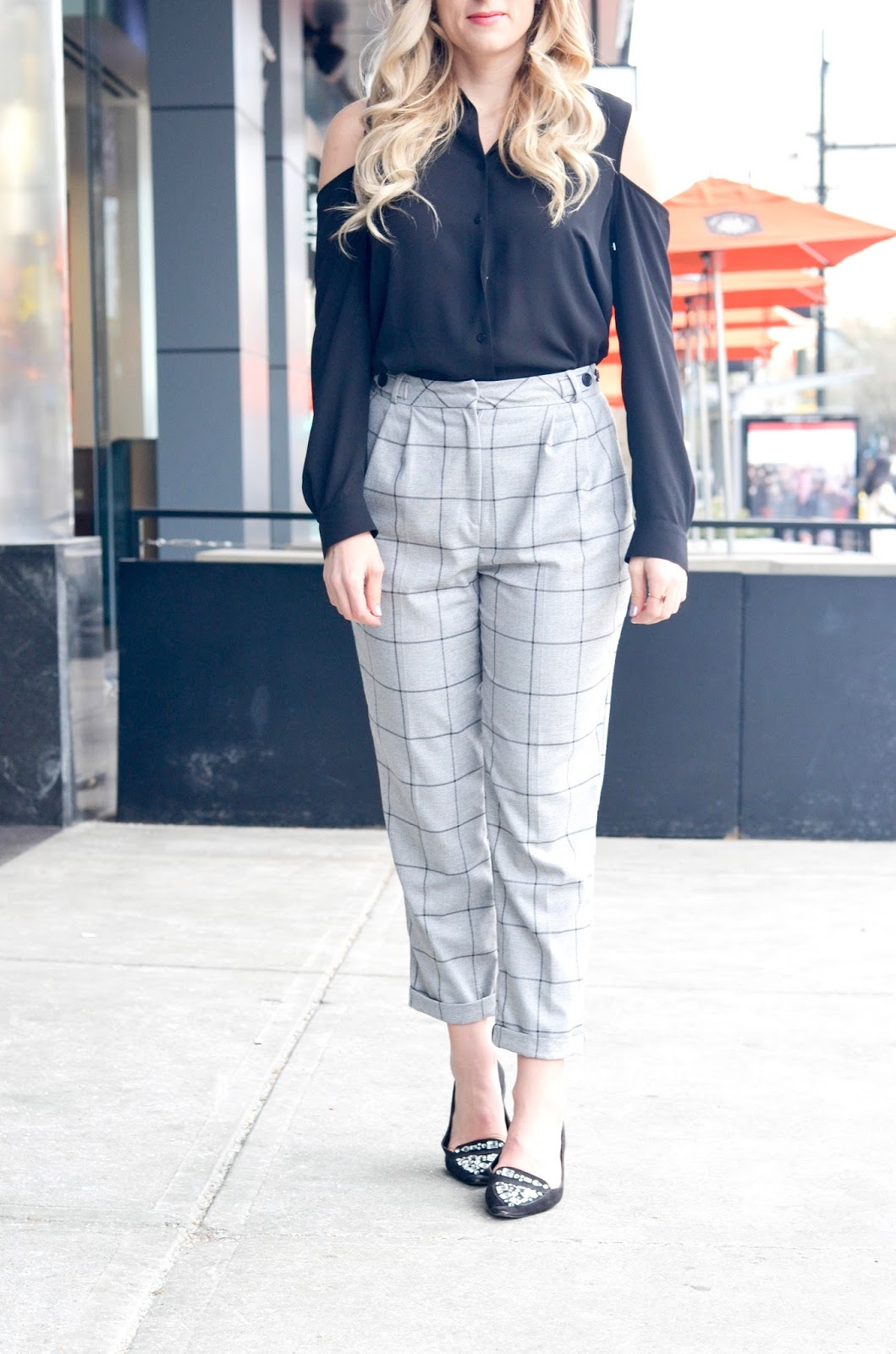 trendy work day outfit cold shoulder and cropped pants