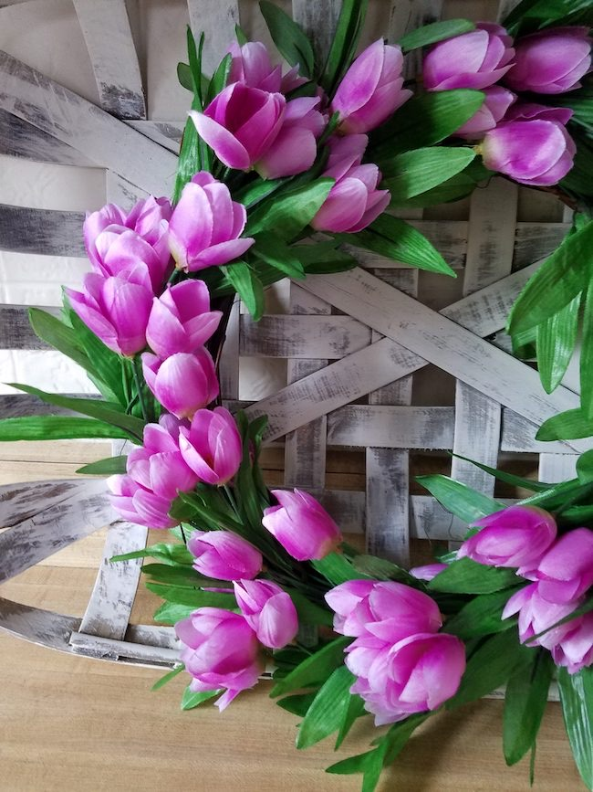 Easy Dollar Tree DIY Spring Tulip Wreath by Follow the Yellow Brick Home featured at Pieced Pastimes