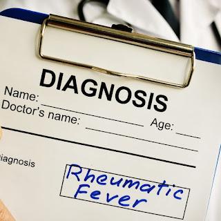 Demam rematik atau Rheumatic Fever dapat berkembang setelah infeksi streptokokus seperti radang tenggorokan, yang disebabkan oleh Streptococcus pyogenes.