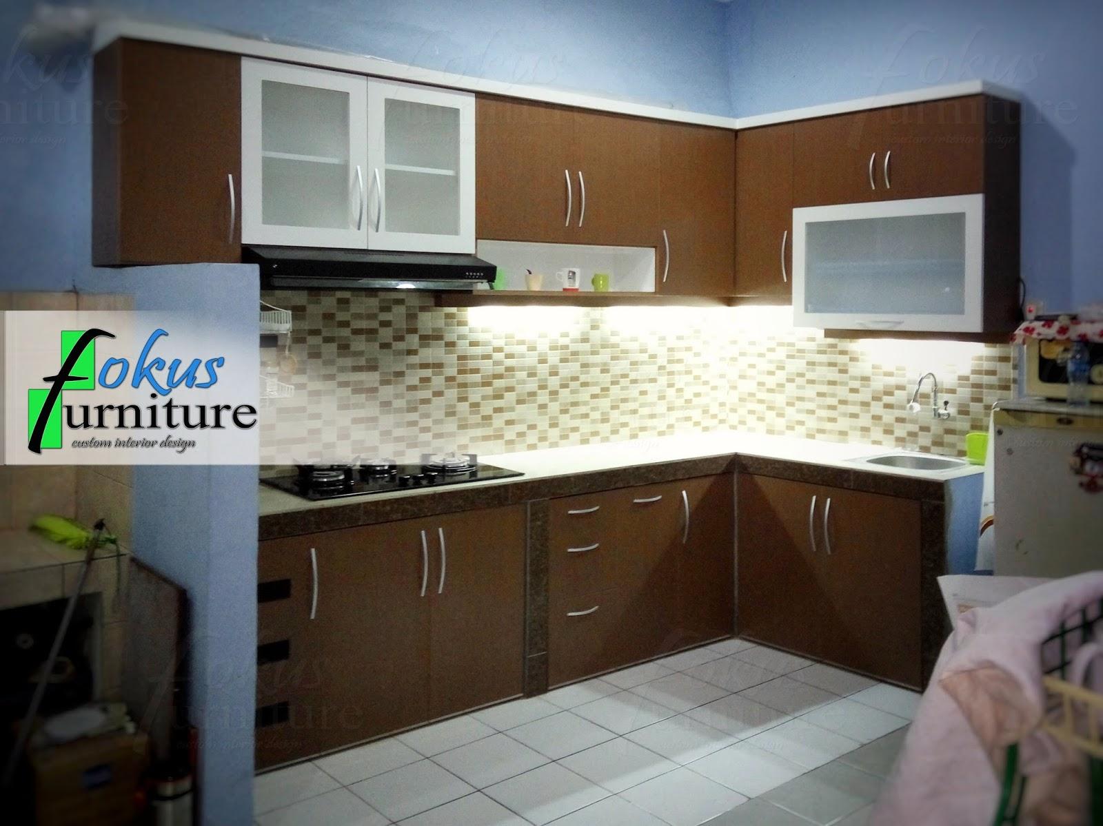 Kitchen set model letter l di pasar manggis furniture kitchen set