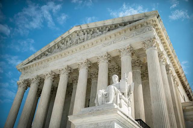Corte Suprema USA in guerra contro Joe Biden
