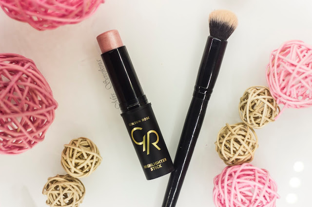 New year make-up 2018, step 18: Golden Rose Instant Radiance 02 Bright Pink