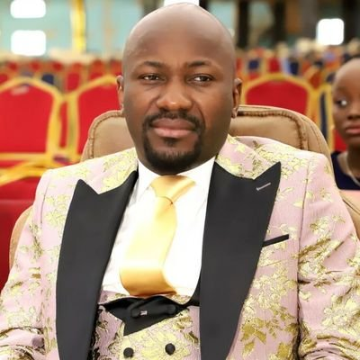 """""""Never had a more 'wasted 12mins' all my life, I wish I can unwatch it""""--Pastor Suleiman reacts to Buhari's speech on Thursday"""