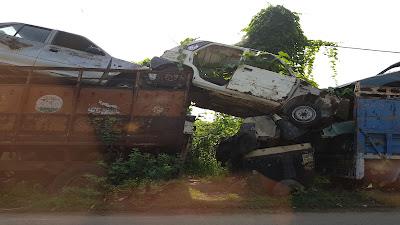 macchine abbandonate in strada