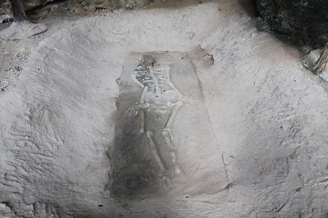 Khao Kanab Nam cave