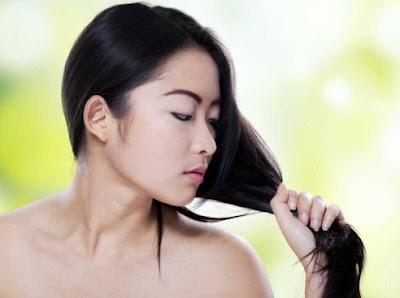 3 Cara Alami Yang Dapat Mengatasi Rambut Lepek Anda