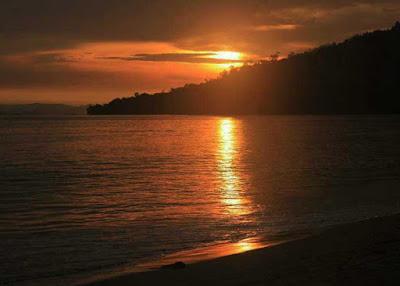 sunset-di-pantai-pandan