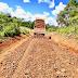 Cascalhamento das estradas de acesso da comunidade Jaboticabal em Goioxim