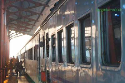 Harga Tiket Kereta Api Jakarta Purwokerto Februari - Maret 2017