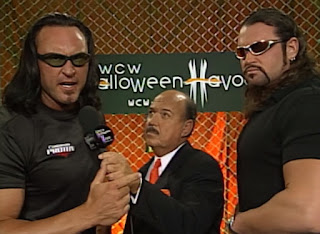 WCW Halloween Havoc 2000 - Mean Gene interviews Kronik