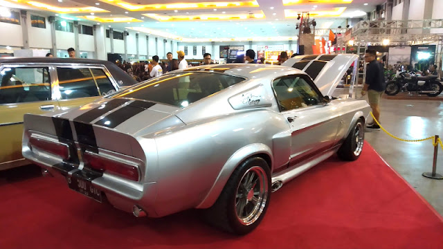 Ford Mustang Fastback Indonesia