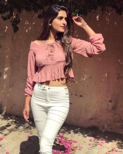 Bhavdeep Kaur - Cool Personal Style Blogger