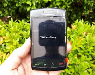 Hape Jadul Blackberry Odin 9550 Storm2 Seken Mulus Kolektor Item