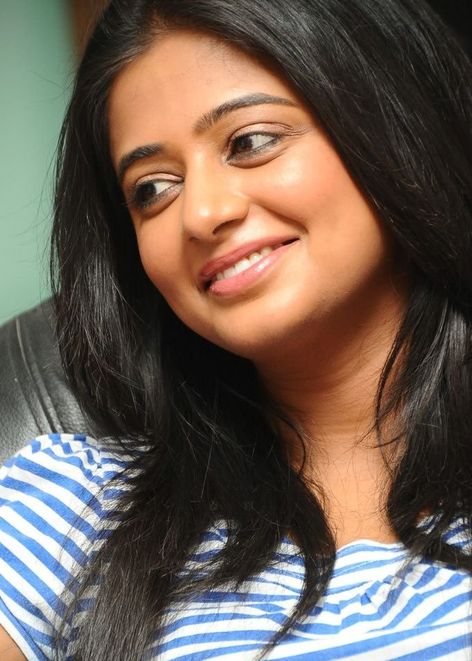 Priyamani photoshoot in jeans