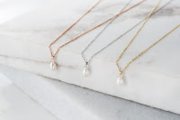 14k gold necklace with white pearl drop