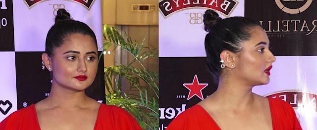 Rashami Desai Black High Pony Hairstyle