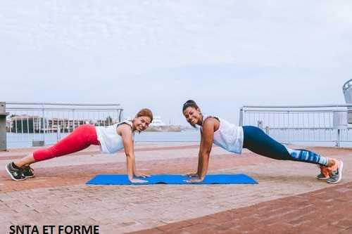 Top 5 postures yoga pour  un ventre plat.
