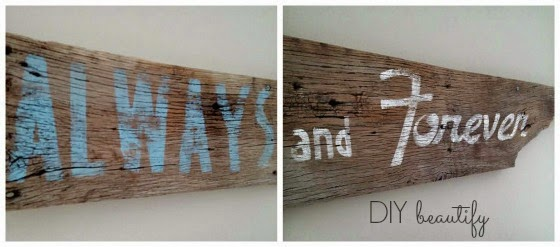 Barn wood sign at www.diybeautify.com