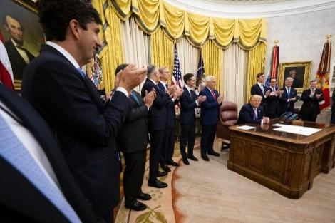 واشنطن: الاتفاق بين الإمارات وإسرائيل ينهي العداء بالشرق الأوسط