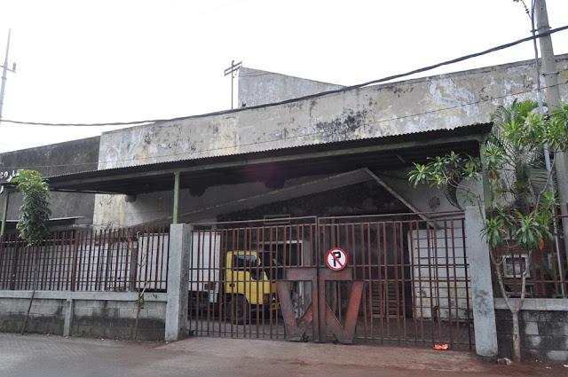 1. Pabrik Coklat Cenderawasih, Malang contoh arsitektur jengki