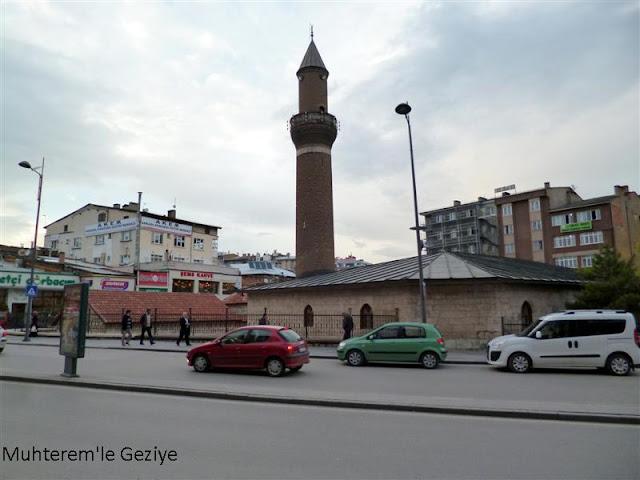 Sivas Atatürk bulvarı