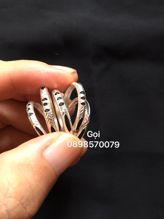 Các mẫu nhẫn bạc lông voi bán chạy hiện nay