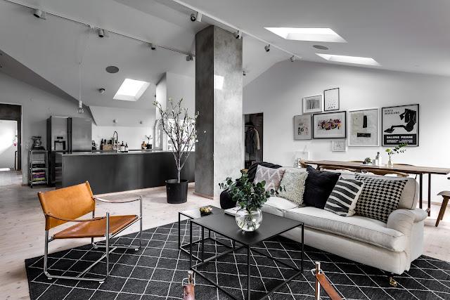 Gri metalic într-o mansardă de 125 m²