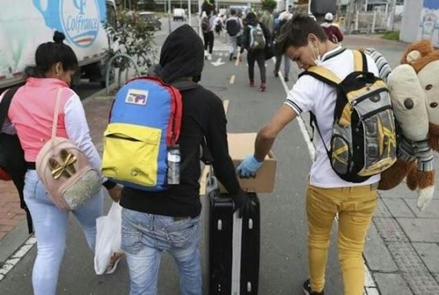 Regresan al país los 100 venezolanos expulsados de chile