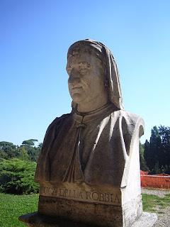 Della Robbia's bust in the Pincio Gardens in Rome