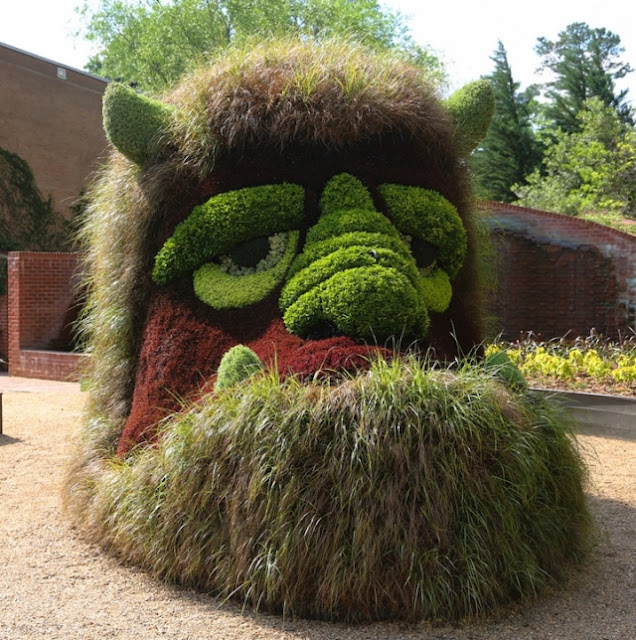 Gallery images of the Botanical Garden in Canada