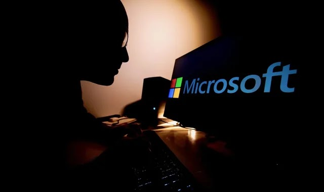 10 Hacker Groups running a flaw in Microsoft's software