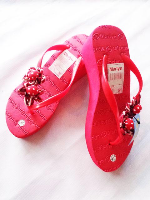 sandal spon hak tinggi marlyn bunga merah