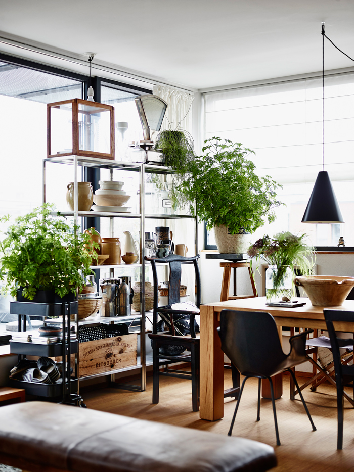 organized clutter la maison d 39 anna g bloglovin. Black Bedroom Furniture Sets. Home Design Ideas